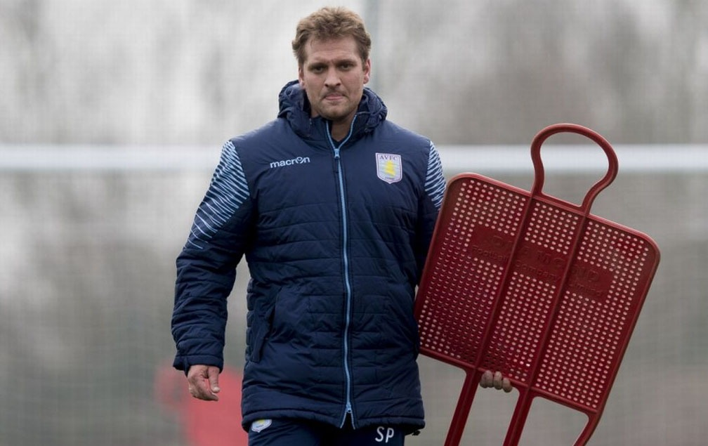 Stiliyan Petrov is doing is coaching badges