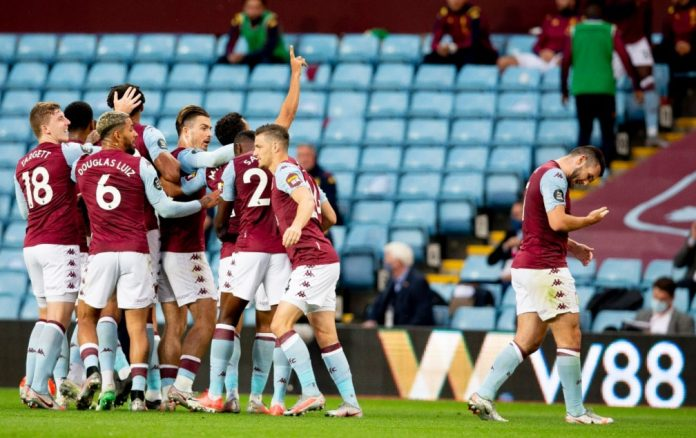 Aston Villa celebrate goal against Arsenal